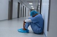 personal de salud agotamiento