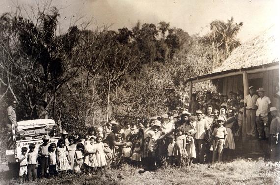 Vacunación en Guamá, 1965