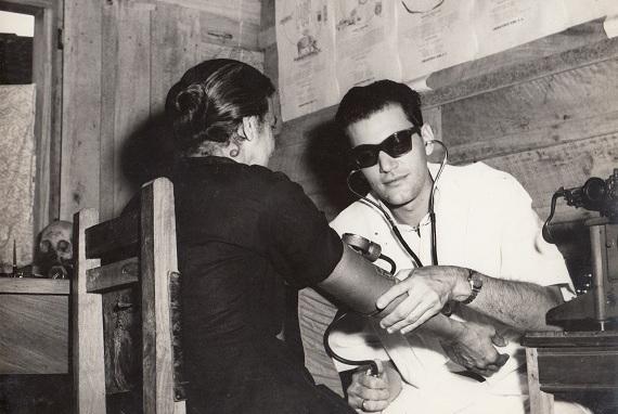 Consulta médica en la cooperativa de Ceiba, Ciénaga de Zapata