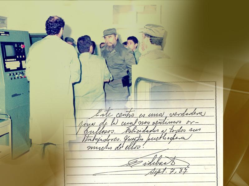 Fidel en la inauguración del Centro de Inmunoensayo en 1987