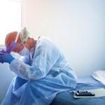 medico-estres-covid19-e1593427321569