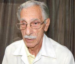 doctor-Reynaldo-Mañalich-Comas-250x213